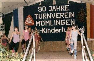 Das 90-jährige Vereinsjubiläum wurde, verbunden mit dem Gau-Kinderturnfest, im Mümlingtal-Stadion gefeiert.